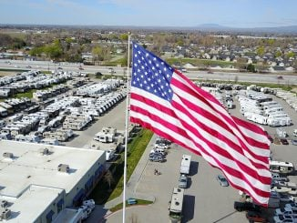 Camping World - Statesville - Flag