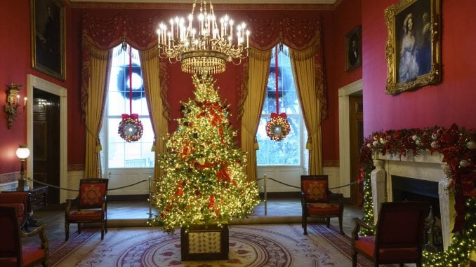Melania Trump White House Christmas.Melania Trump Unveils White House Christmas Decorations