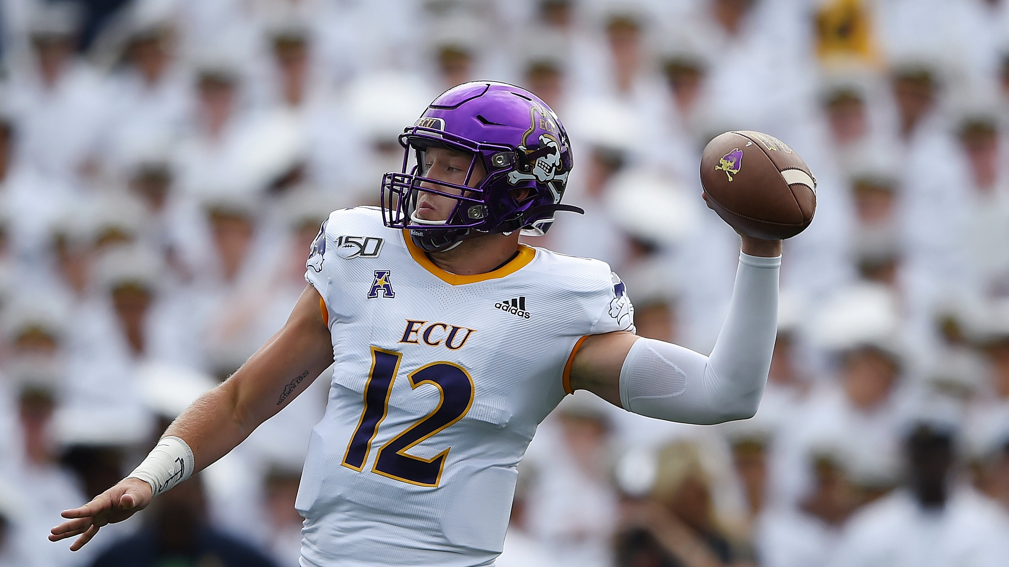 online retailer 003e9 892e3 Verity, Ahlers lead ECU to 19-7 win over William & Mary ...